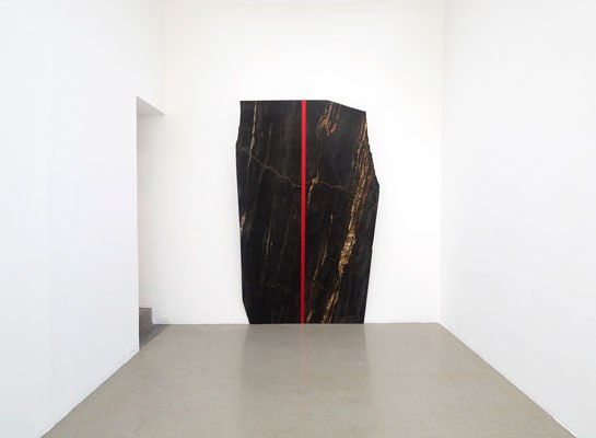 On View at Galería OMR, Jose Dávila's Glossy New Sculpture Play with Architectural Forms    ARCHITECTURAL DIGEST | FEBRUARY 7, 2014
