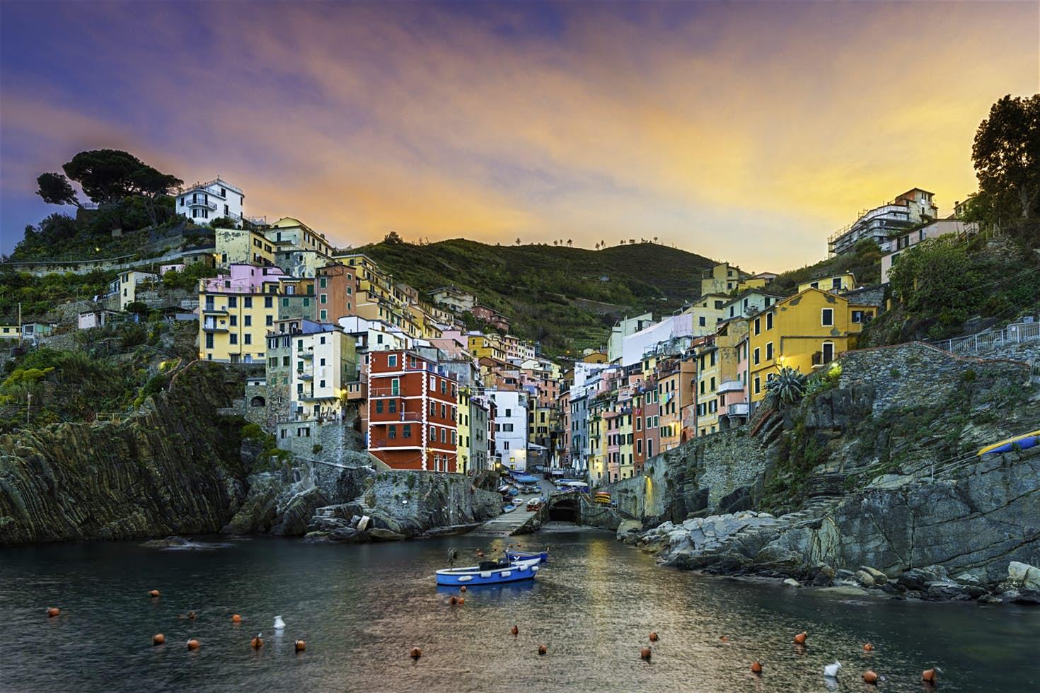 Riomaggiore (part of the 5 towns)