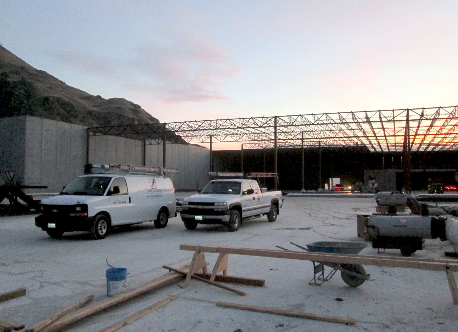 Sunrise work at the McDougall's 45,000-bin Controlled Atmosphere Storage facility