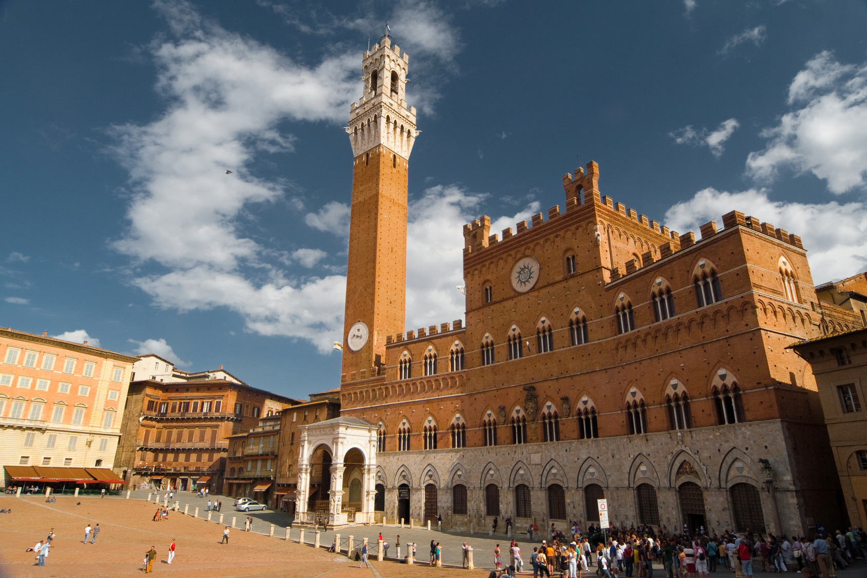 Torre del Mangia on Piazza del Campo in Siena