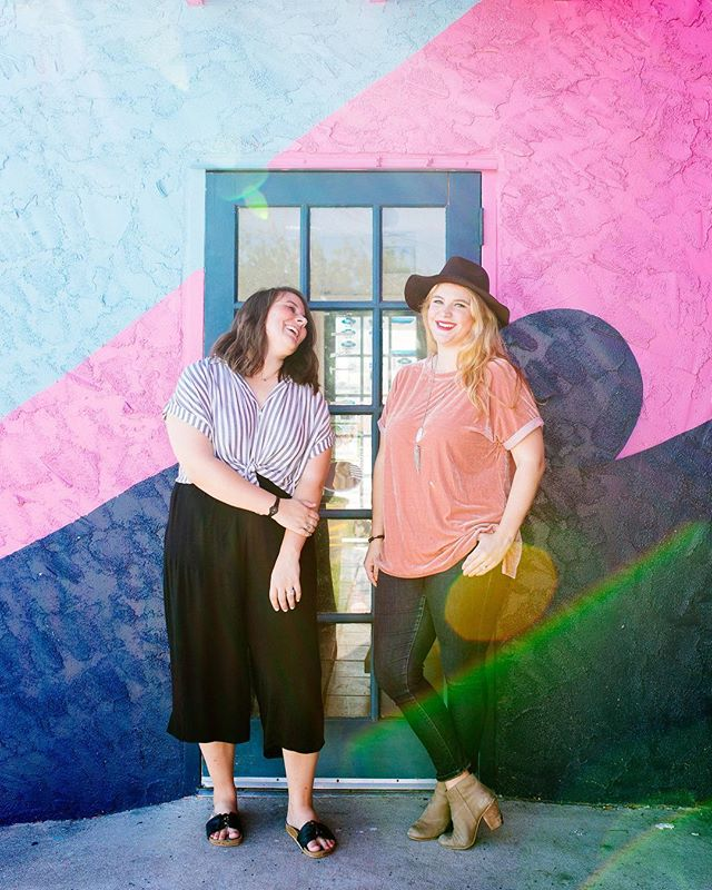 Happy Valentine's Day from the ladies of 407! When we were roomies in college our Valentine's tradition was picking up an ice cream cake from the Coldstone down the street just for the two of us 😂 Man, that cake sounds goooood today. . What traditions do y'all have for Valentine's?! Love it or hate it? 📸: @ohhhchelsea