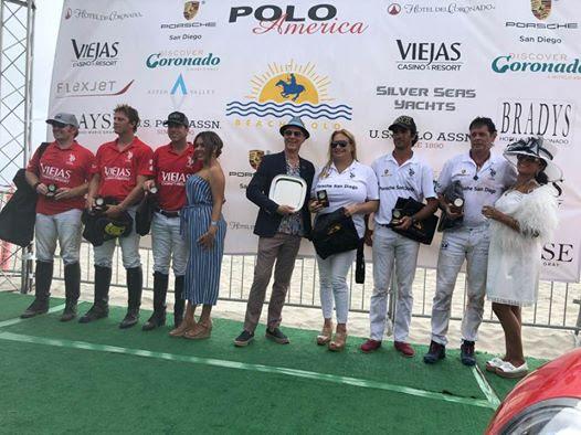 Winning team San Diego Porsche and runners-up Viejas Casino and Resort.