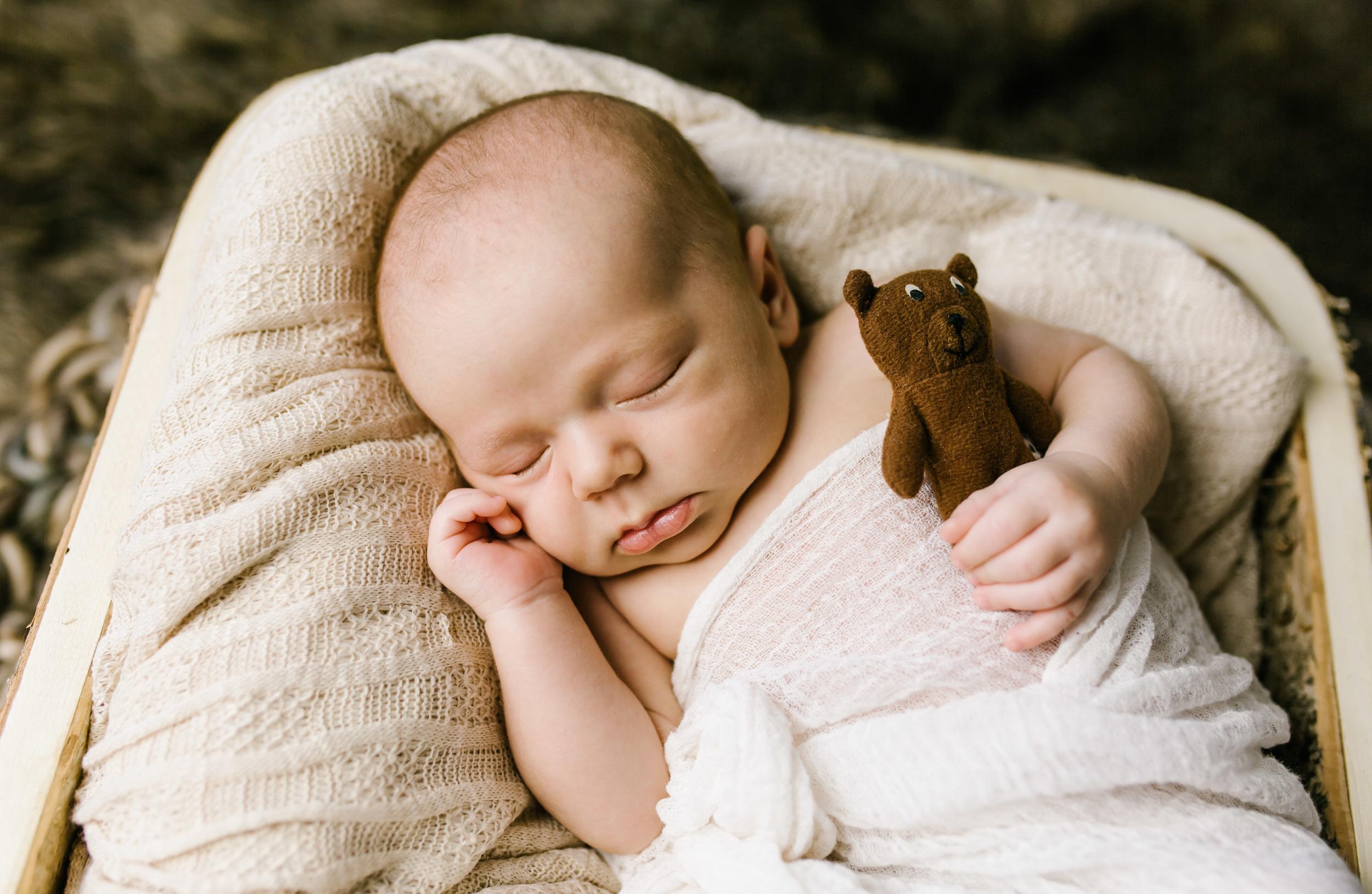 Loga Utah Newborn Photographer-9822.jpg