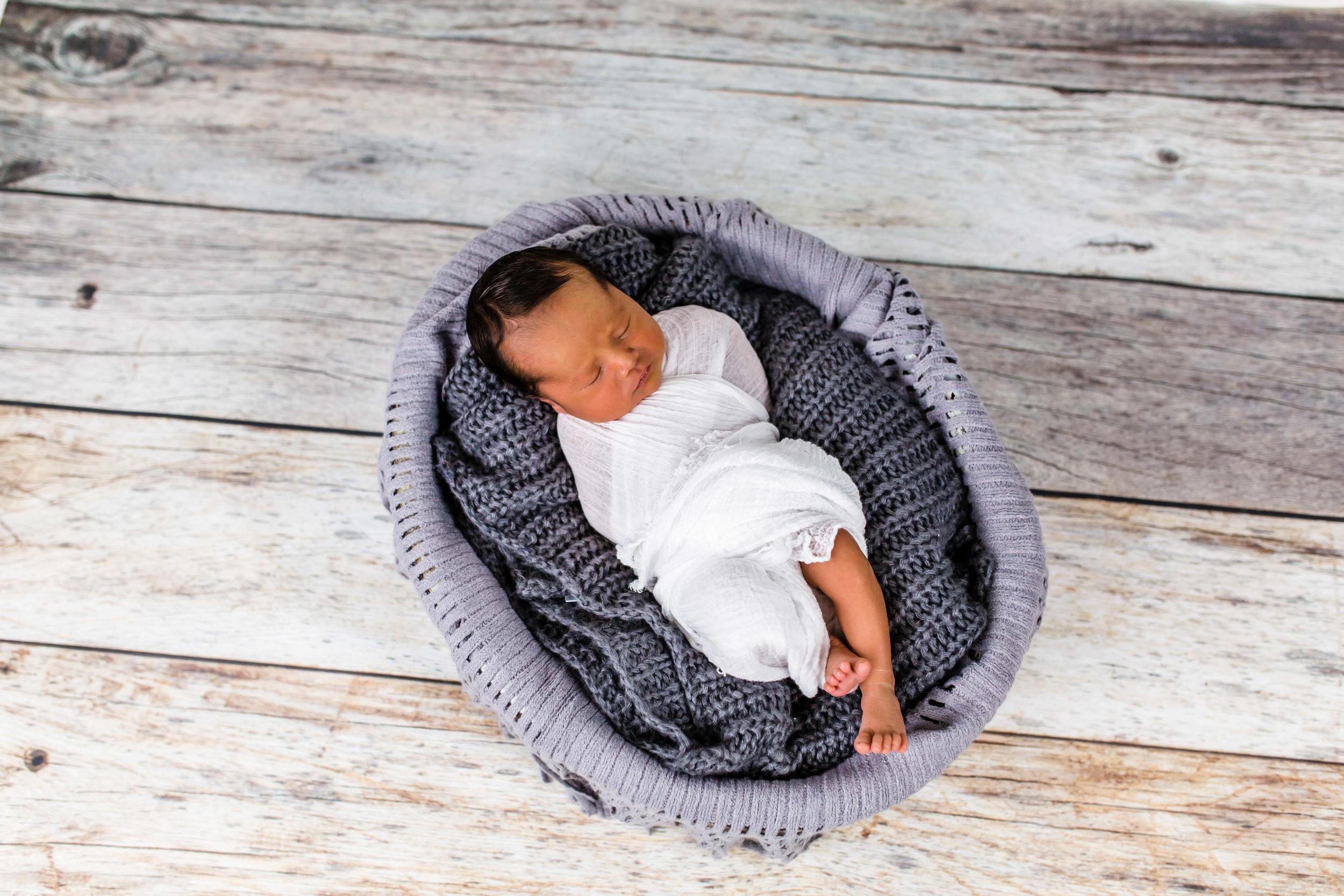 Logan Utah Newborn Photographer-0754.jpg