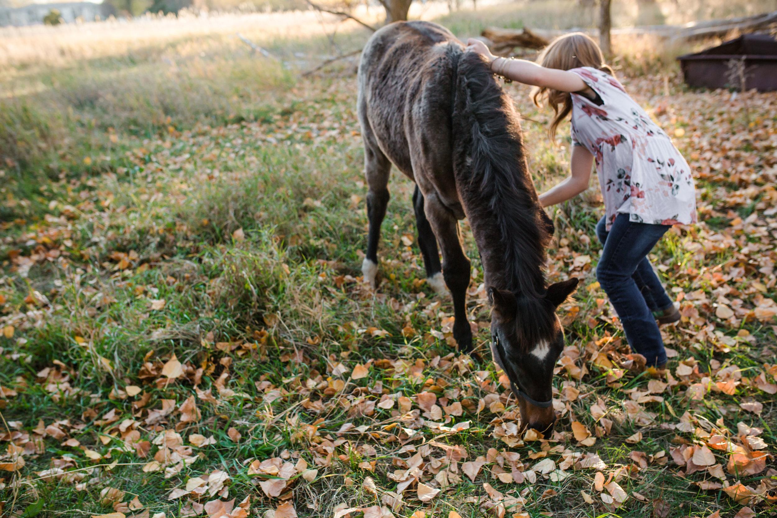 Logan Utah Senior Photographer Maycie Jensen-7164.jpg