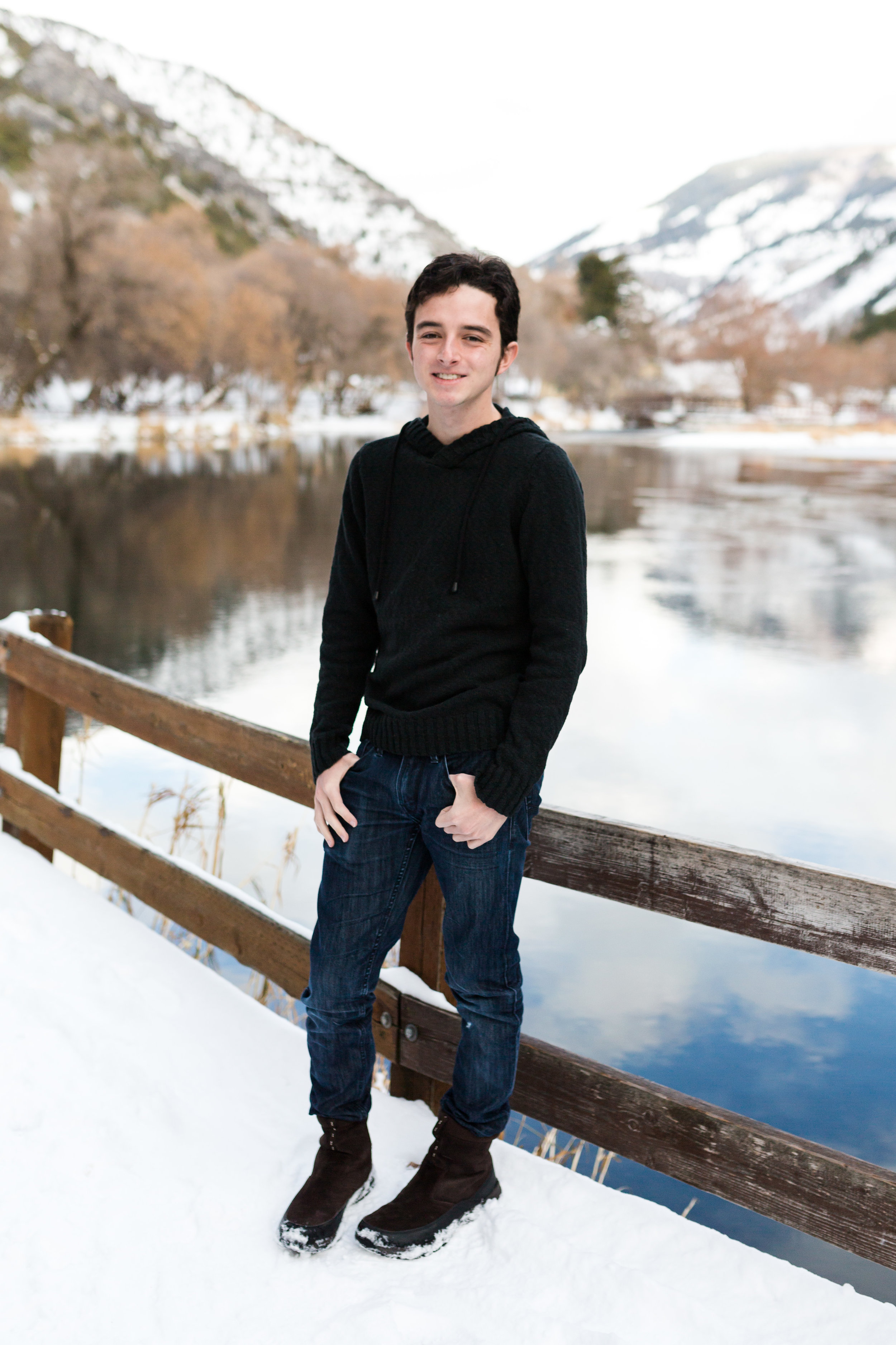 Logan Utah Senior Boy Winter Session-9852.jpg