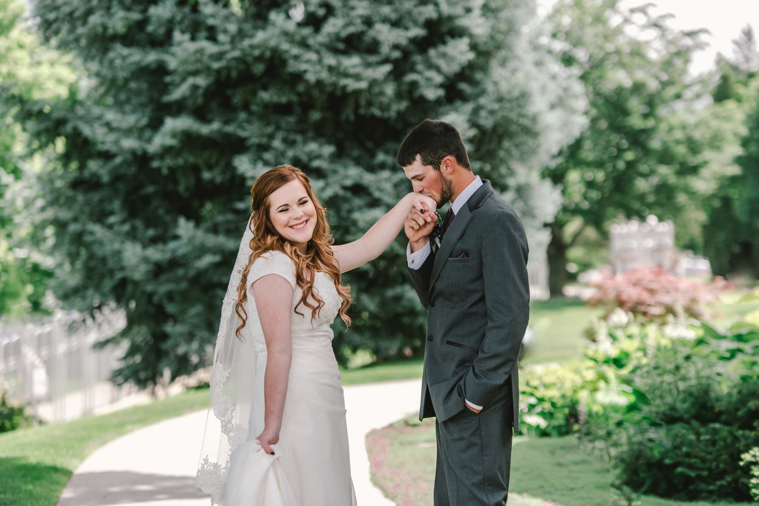 Logan utah wedding photographer-7836.jpg
