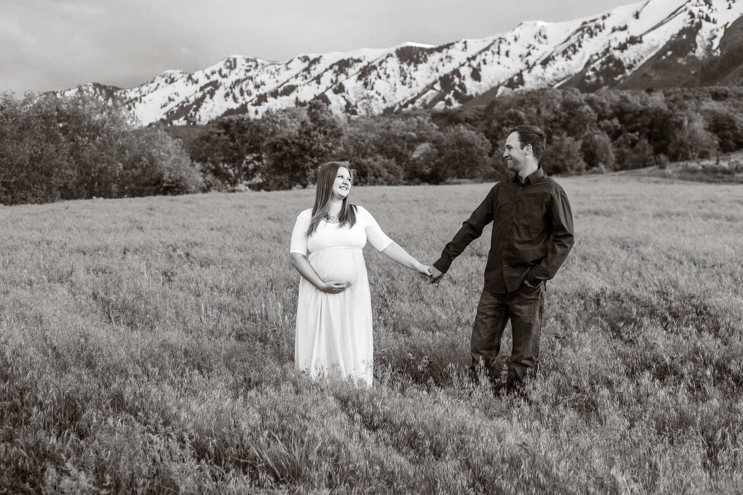 Logan Maternity Photographer-8640.jpg