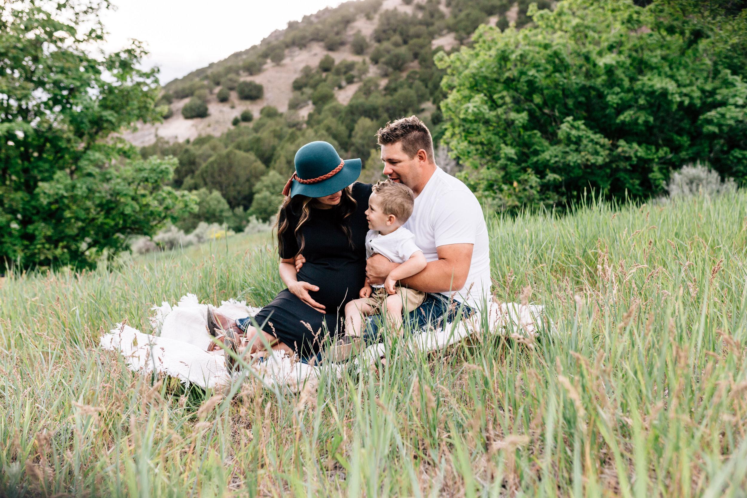 Cache Valley Maternity Photographer-0266.jpg