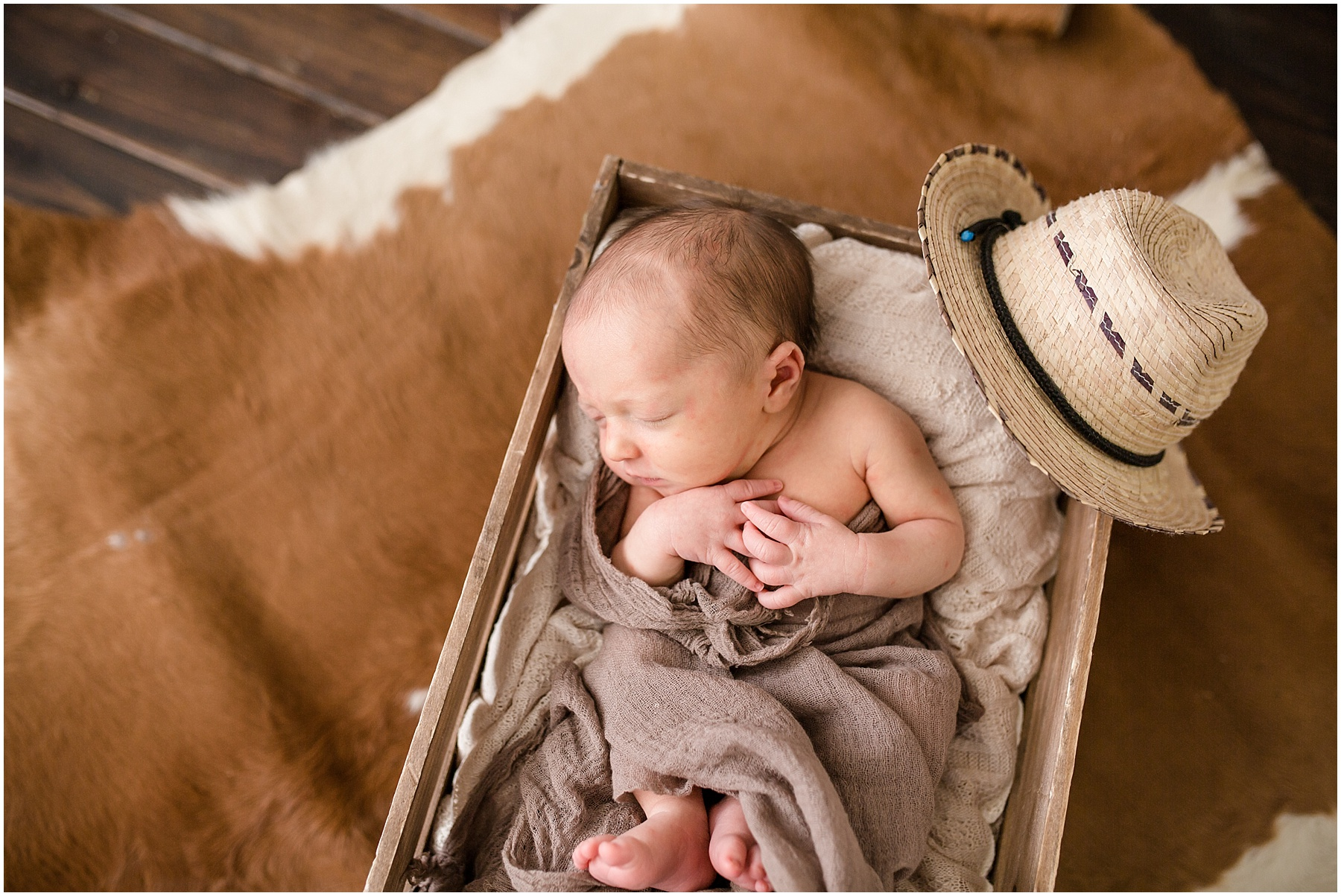 Logan-Newborn-Photographer_1279.jpg