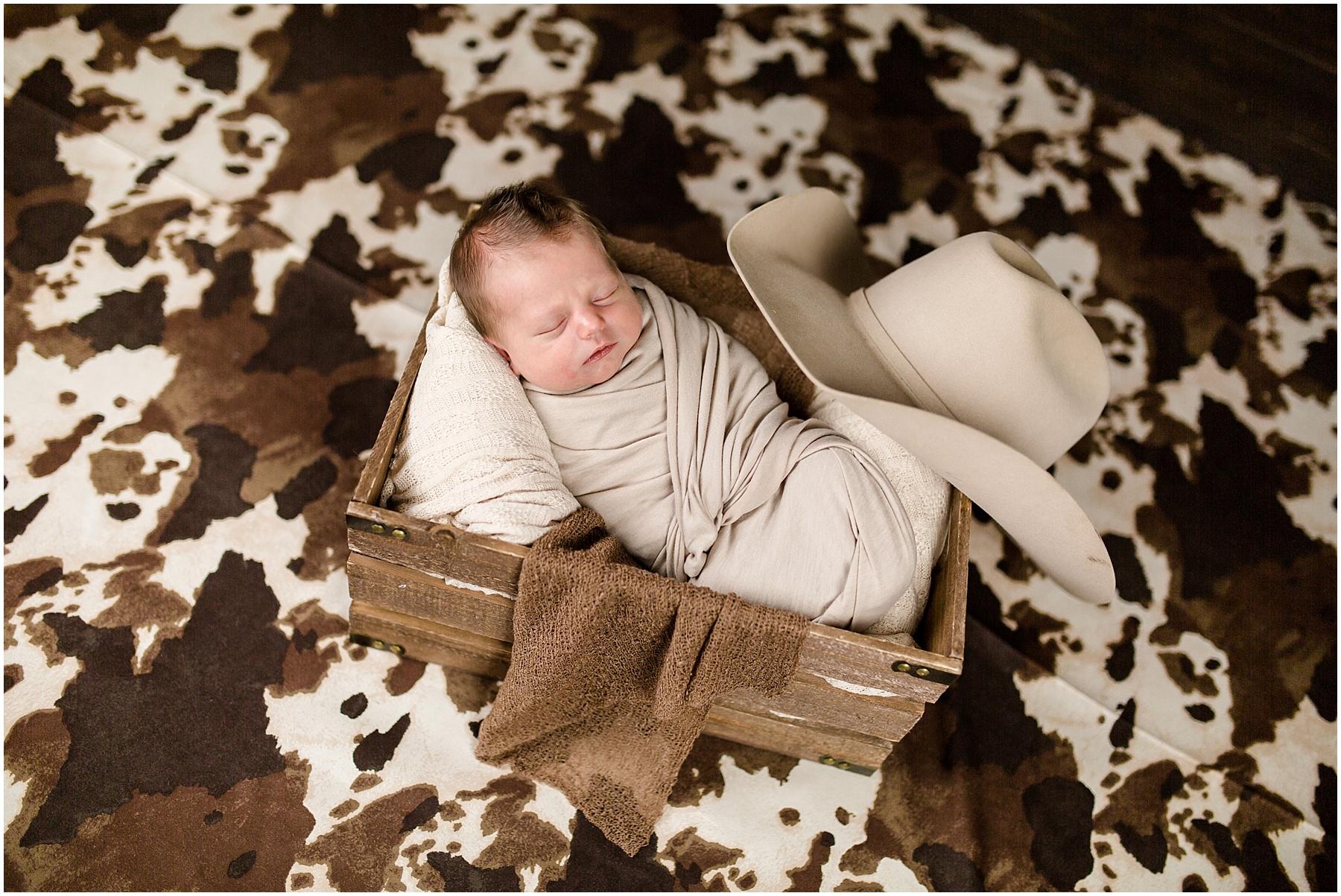 Logan-Newborn-Photographer_1290.jpg