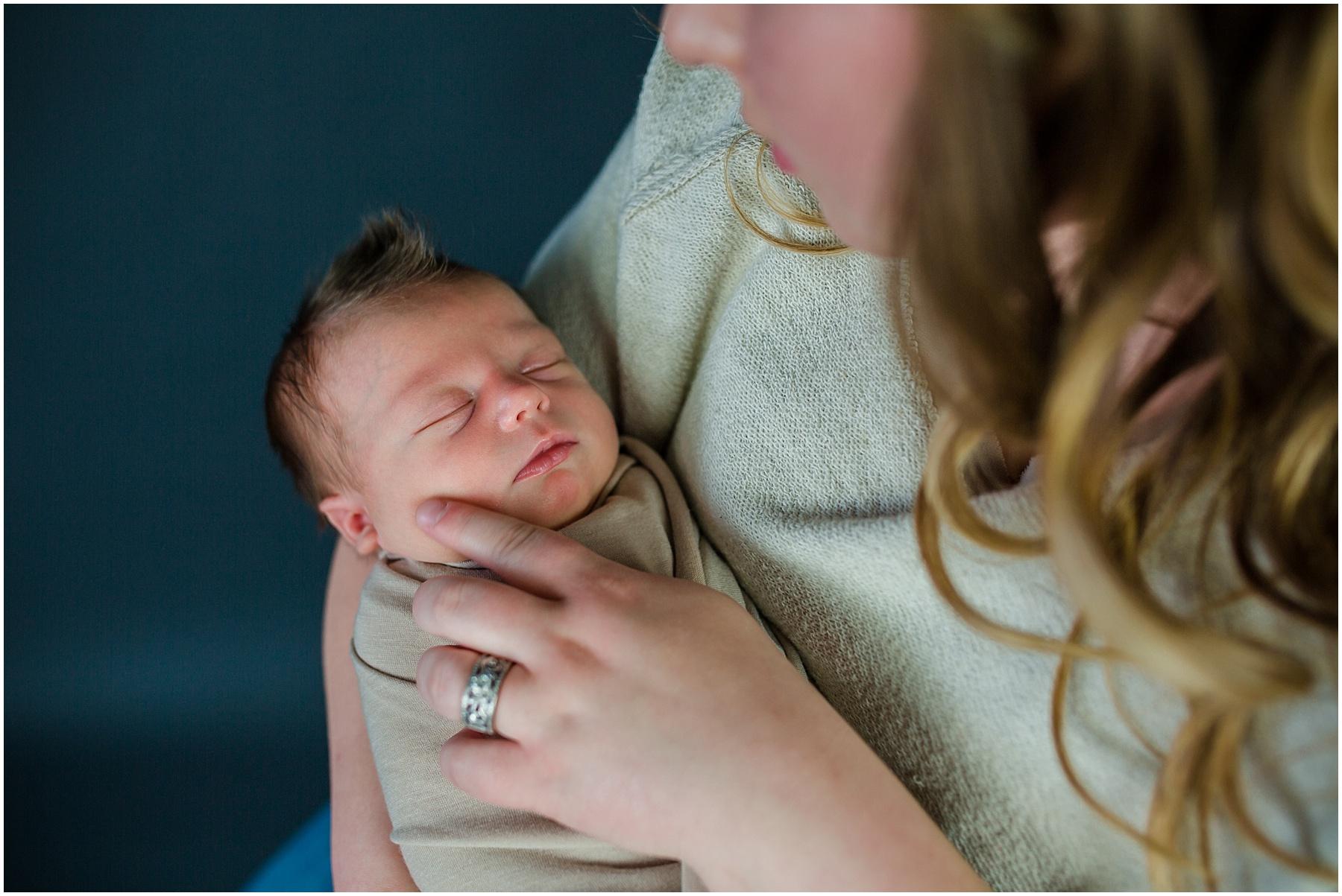 Logan-Newborn-Photographer_1303.jpg