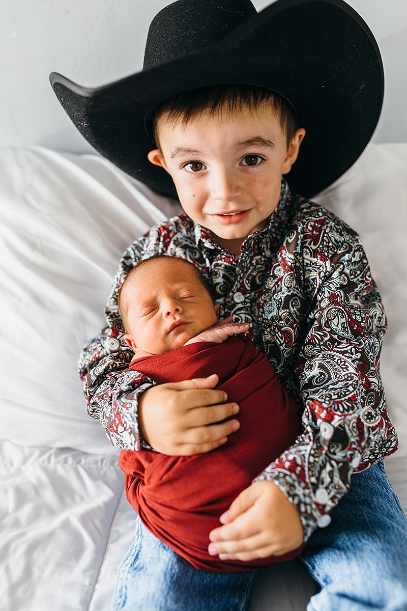 Cowboy Newborn Photos-9754.jpg