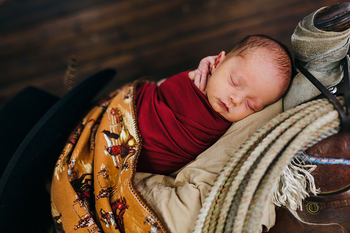 Cowboy Newborn Photos-9797.jpg