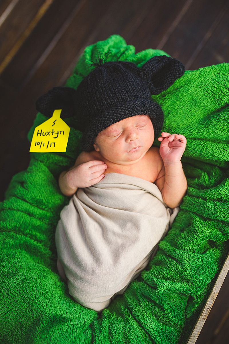 Cowboy Newborn Photos-9835.jpg