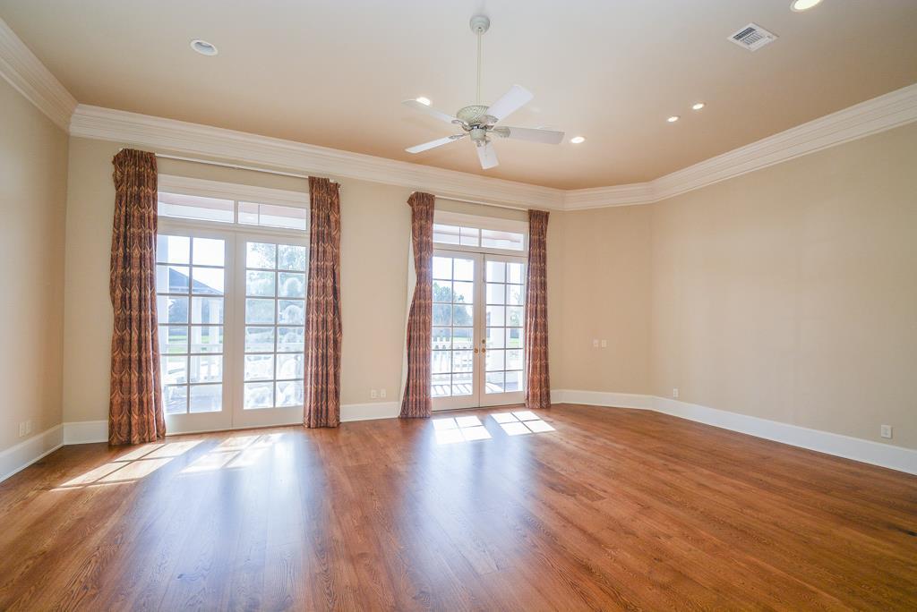 4227 Graham Heights Master Bedroom.jpg