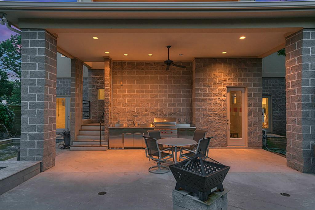 4018 Falkirk - Backyard Patio.jpg