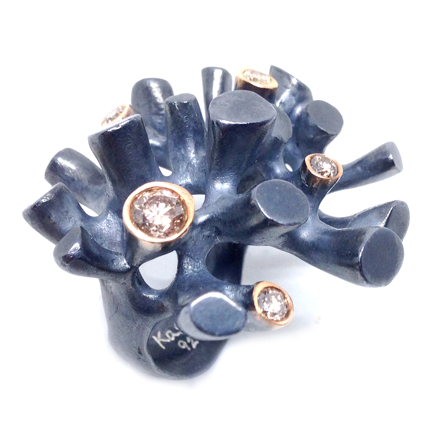 sort-m-diamanter-3.jpg