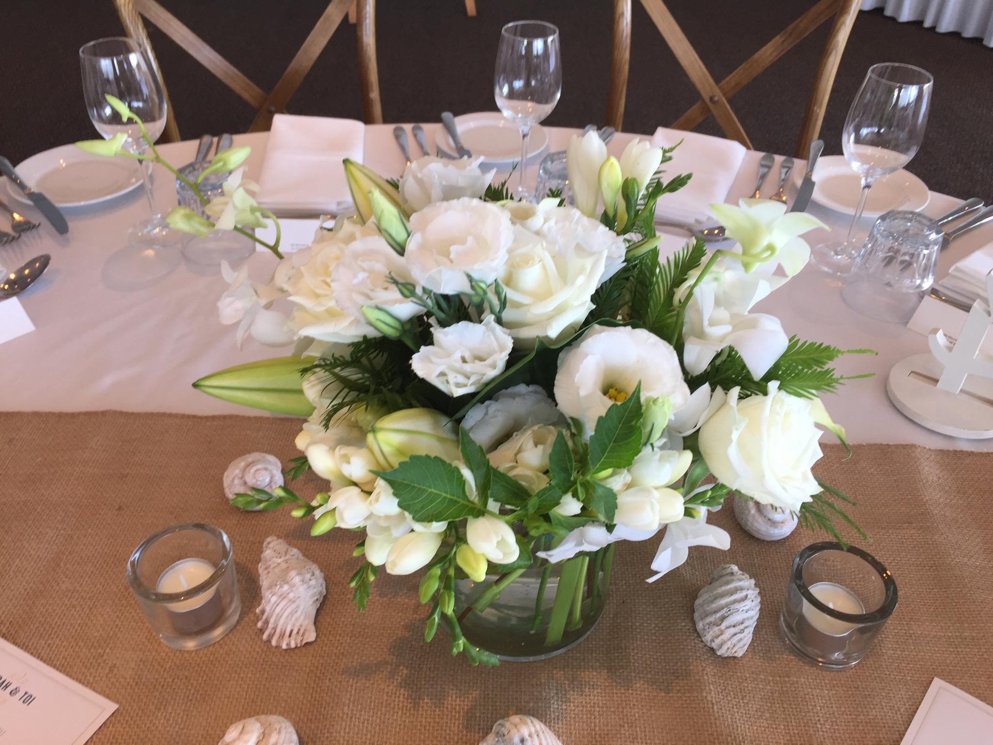 Guest table 2.jpg