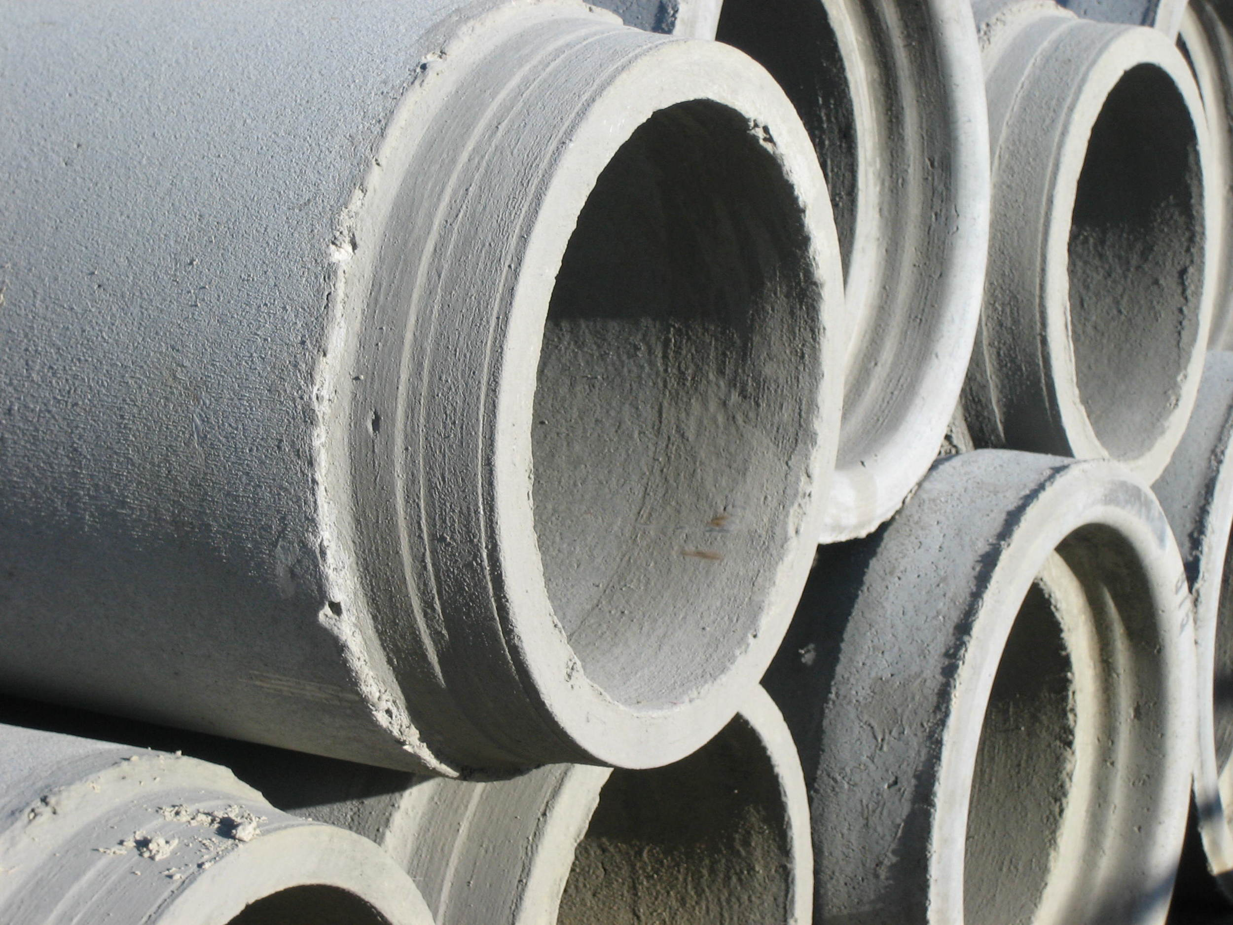 Concrete drainage pipes.JPG