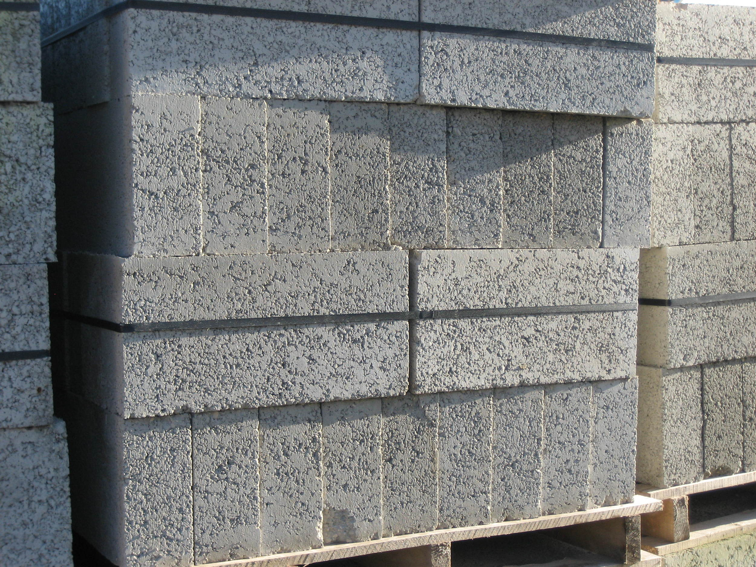 Lightwieght concrete blocks.JPG