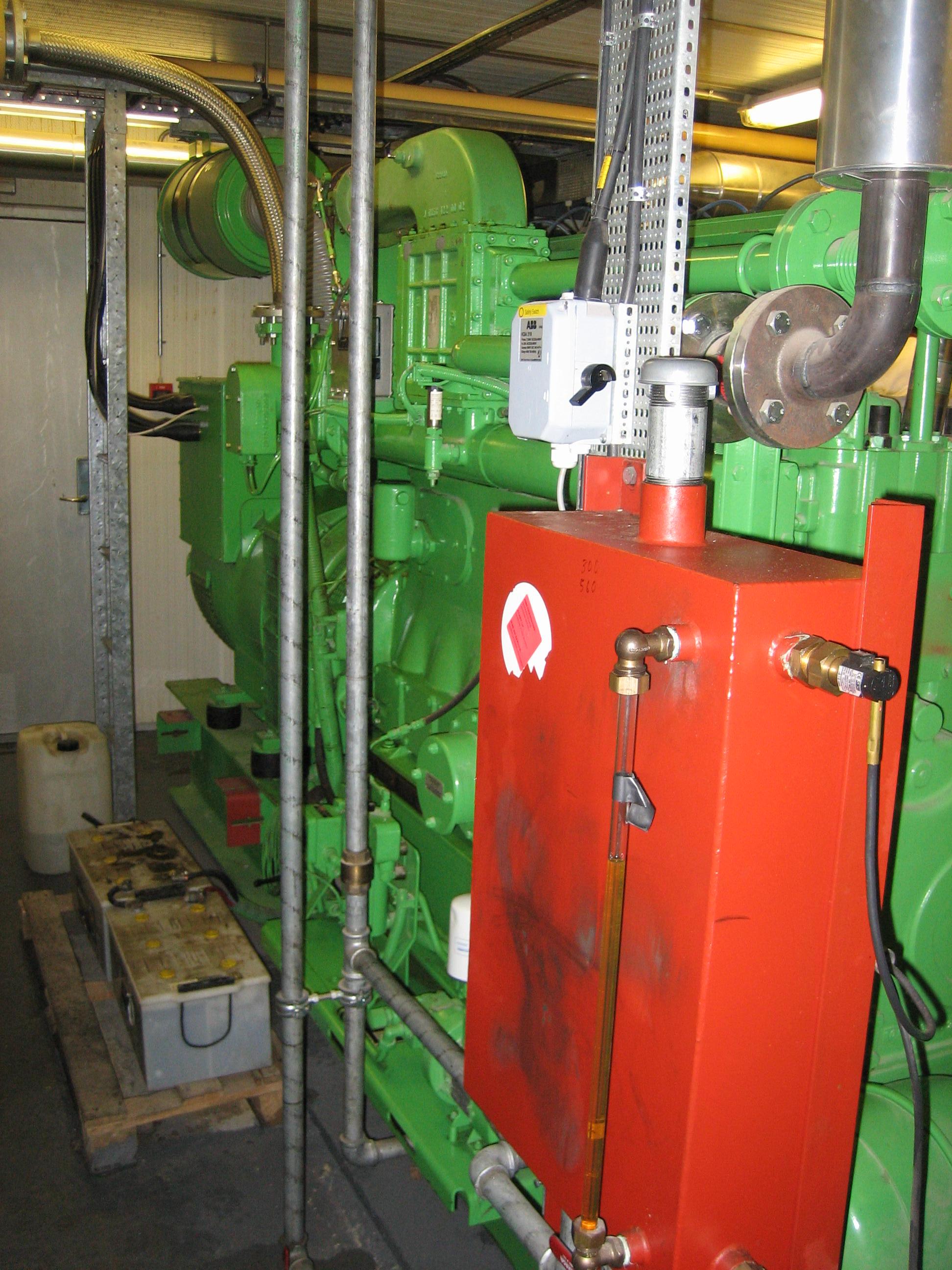 Gas-fired CHP engine 2.JPG