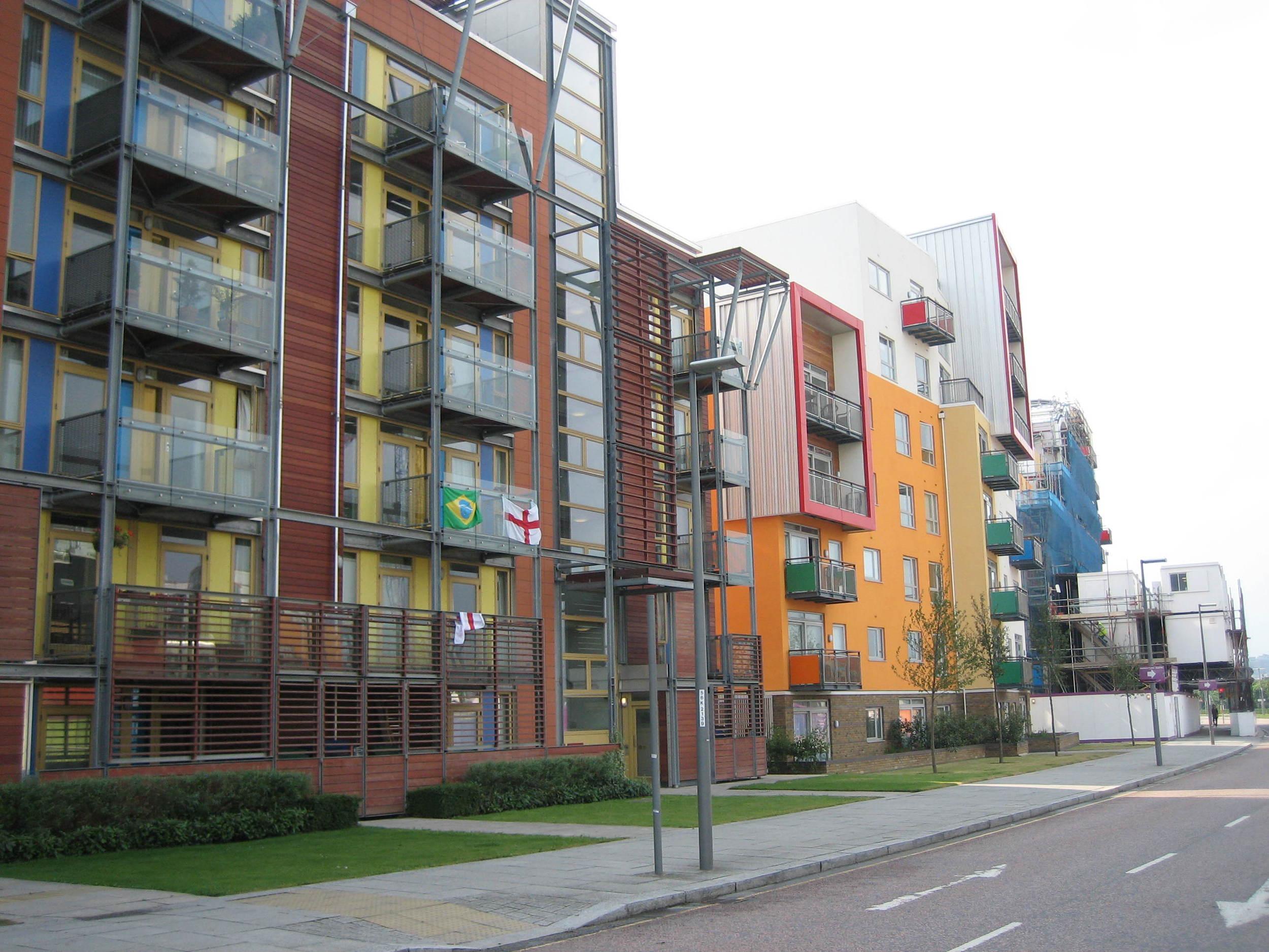 Greenwich Millennium Village - Balconies.JPG