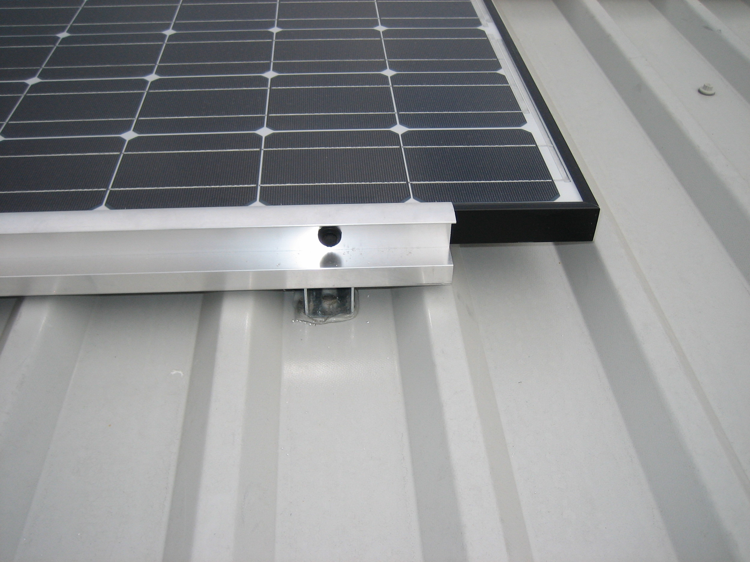 Alutec frame mounting detail for PV modules.JPG