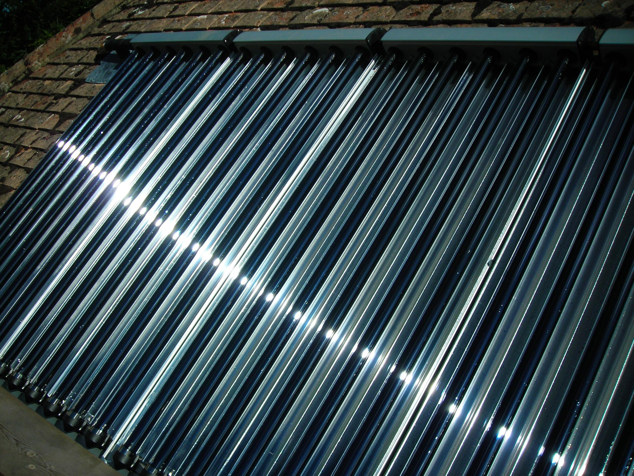 Evac Tube Solar Thermal 2.JPG