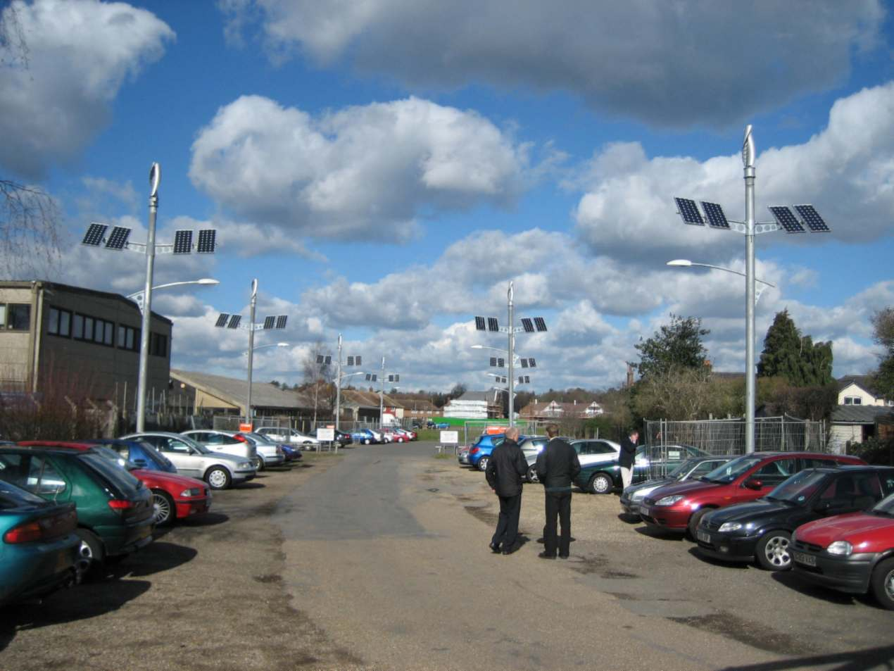 Off-grid street lighting for public car park - Woking.jpg
