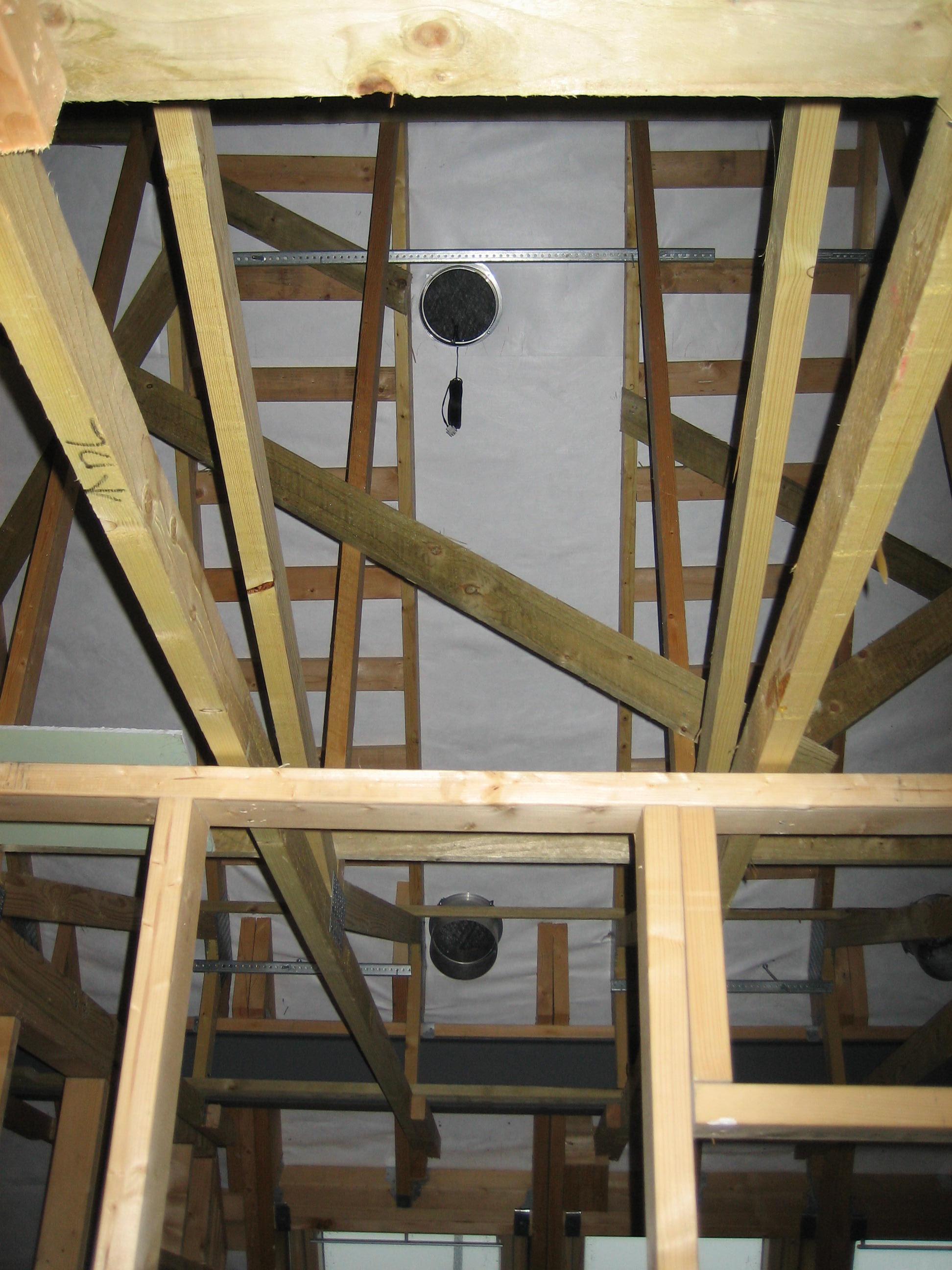 Solar air collector internal air flow and return vents.JPG