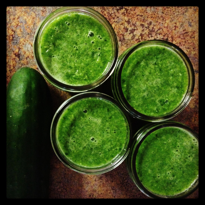 spinach cucumber apple juice.JPG