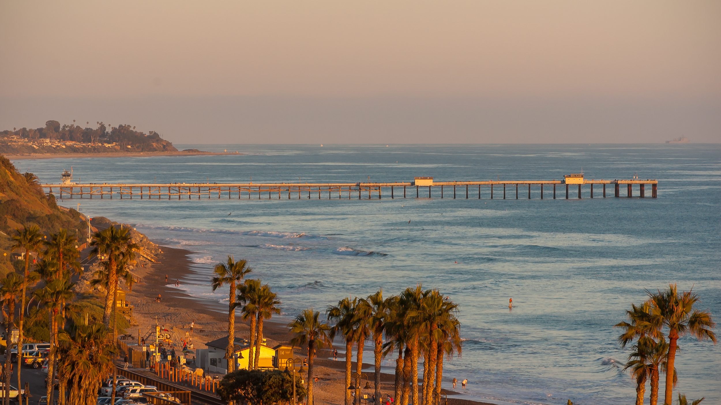 Using a effective focal length of 300mm from an elevated perspective, you can let viewers meander their way through the coastline of an entire city. San Clemente, CA.