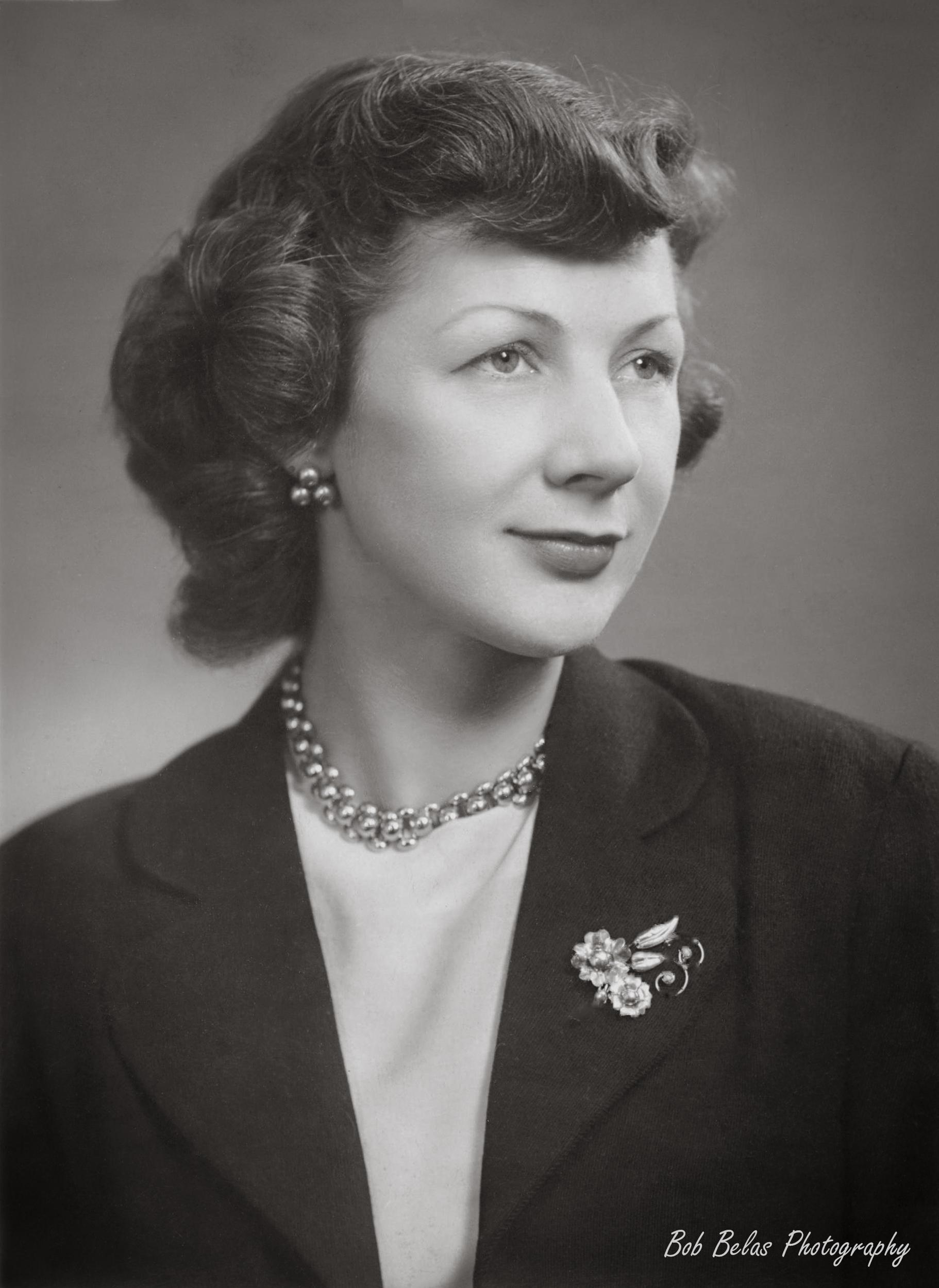 Helene Belas GE portrait, monochrome