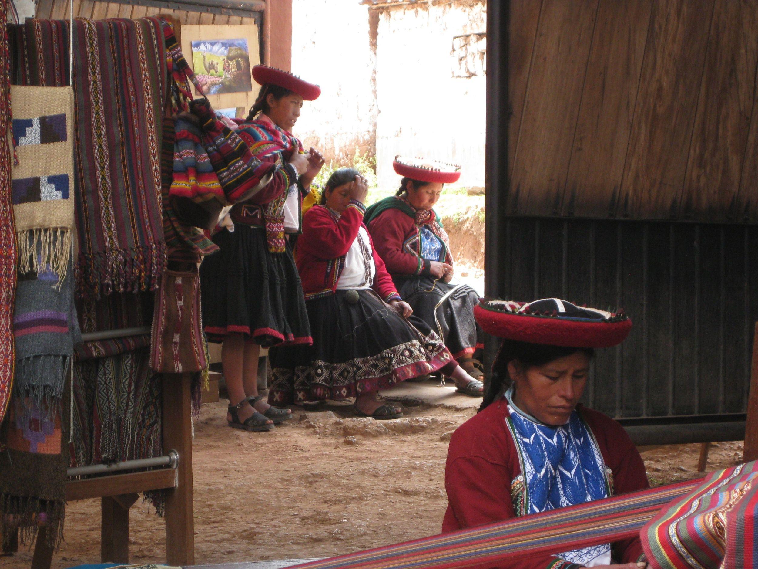 peruvian weavers.jpg