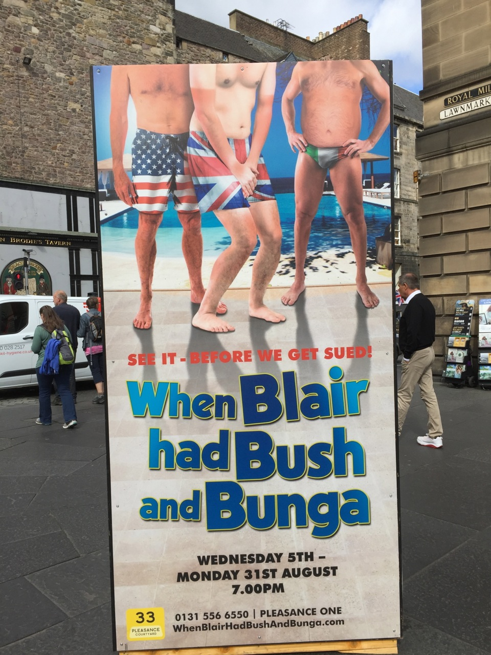 blair-bush-bunga.jpg