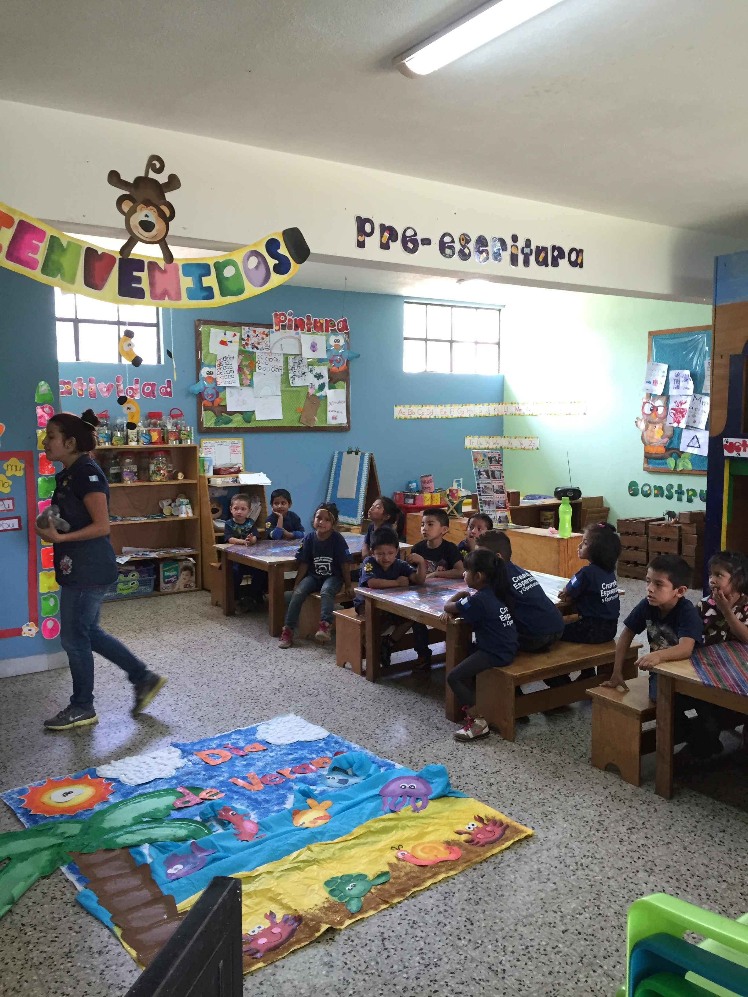 Since Safe Passage built this school, children are no longer permitted to work in the Guatemala City Garbage Dump. Instead, 550 of them attend classes here, such as the kindergarten pictured above.