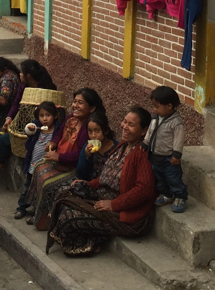 A Mayan family enjoying market day at Solala.
