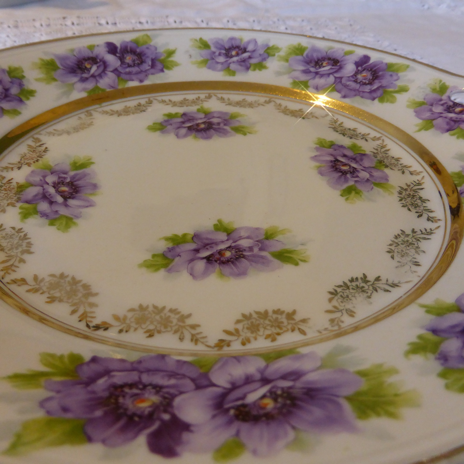 Somebody somewhere will really like this old china!
