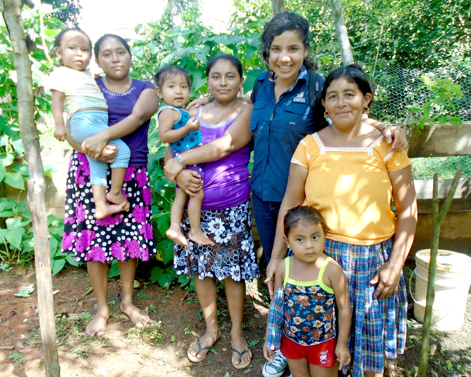 Carolina visits with Rosa Batz and her family in Belize.