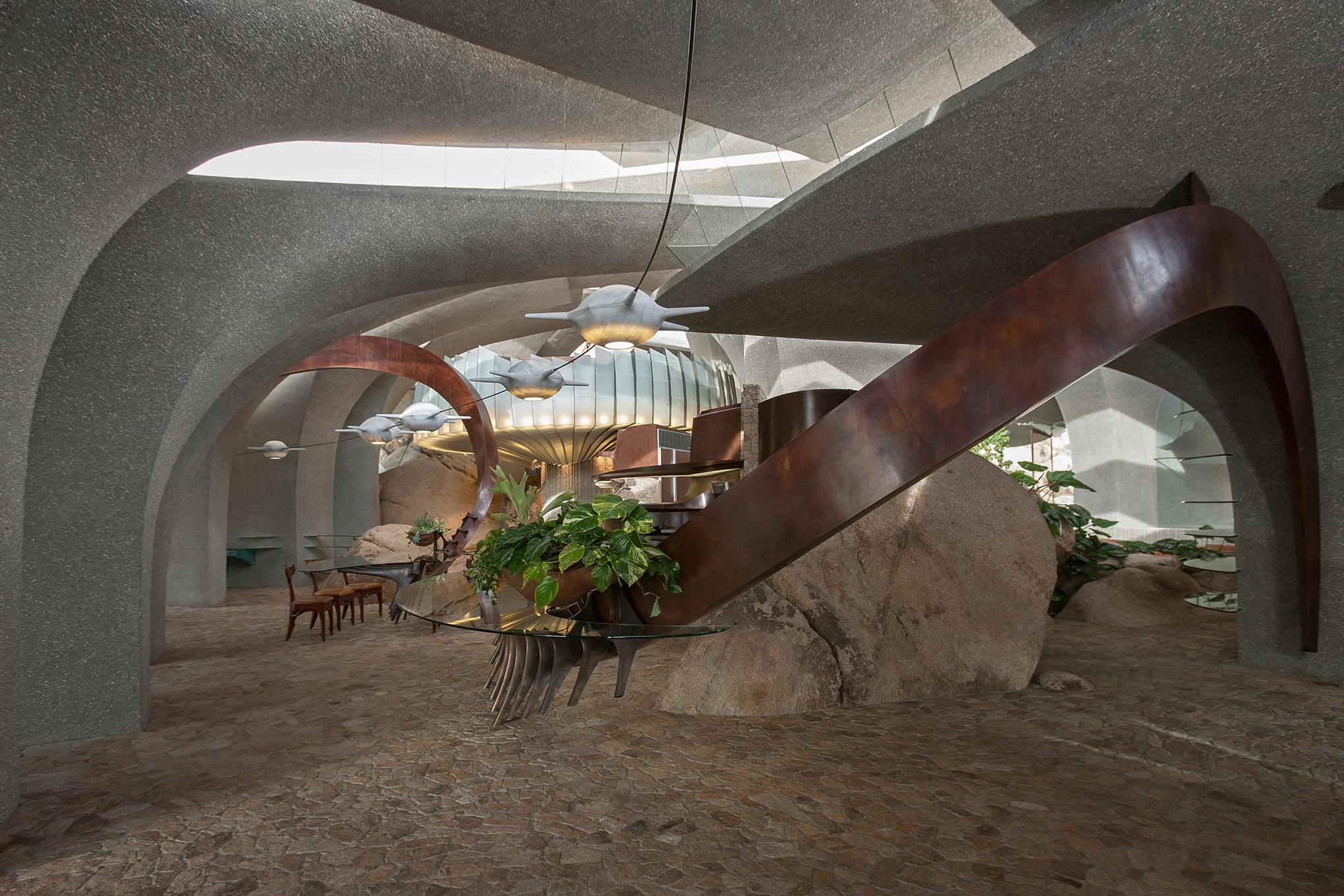 Foyer 5.jpg