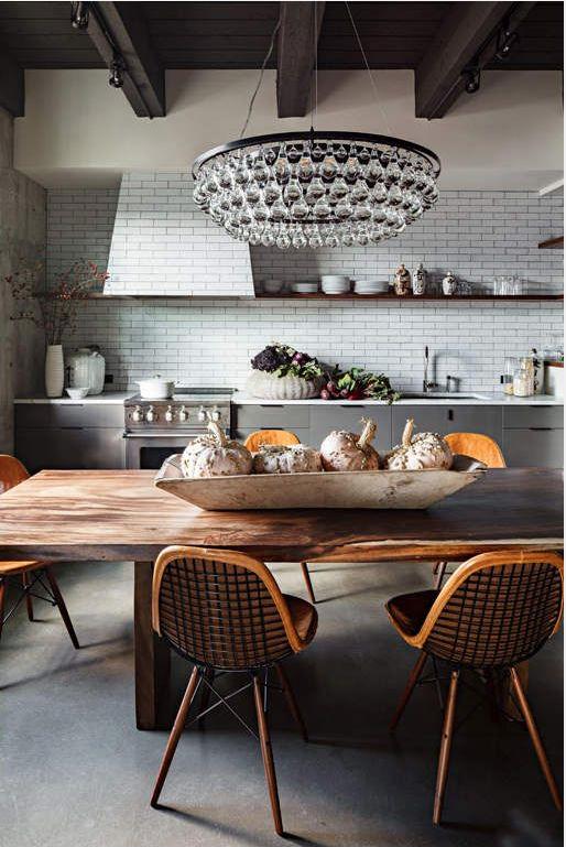 kitchen_rustic_wood_vintage_subway_tile_ochre_chandelier.png