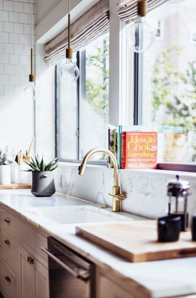 kitchen_with_windows.jpg