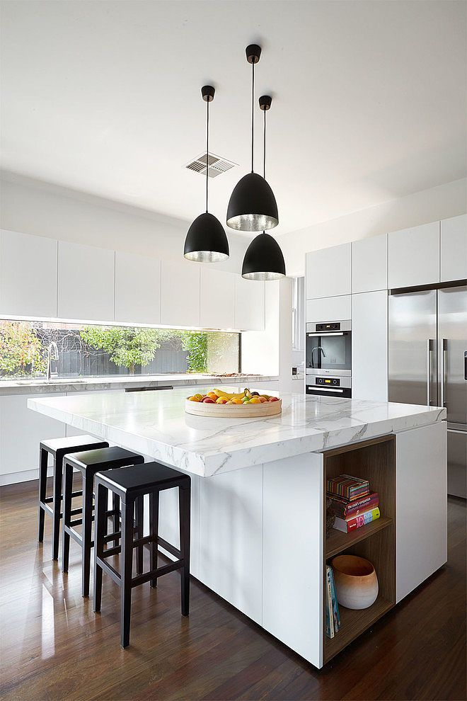 matte_black_kitchen_pendants.jpg