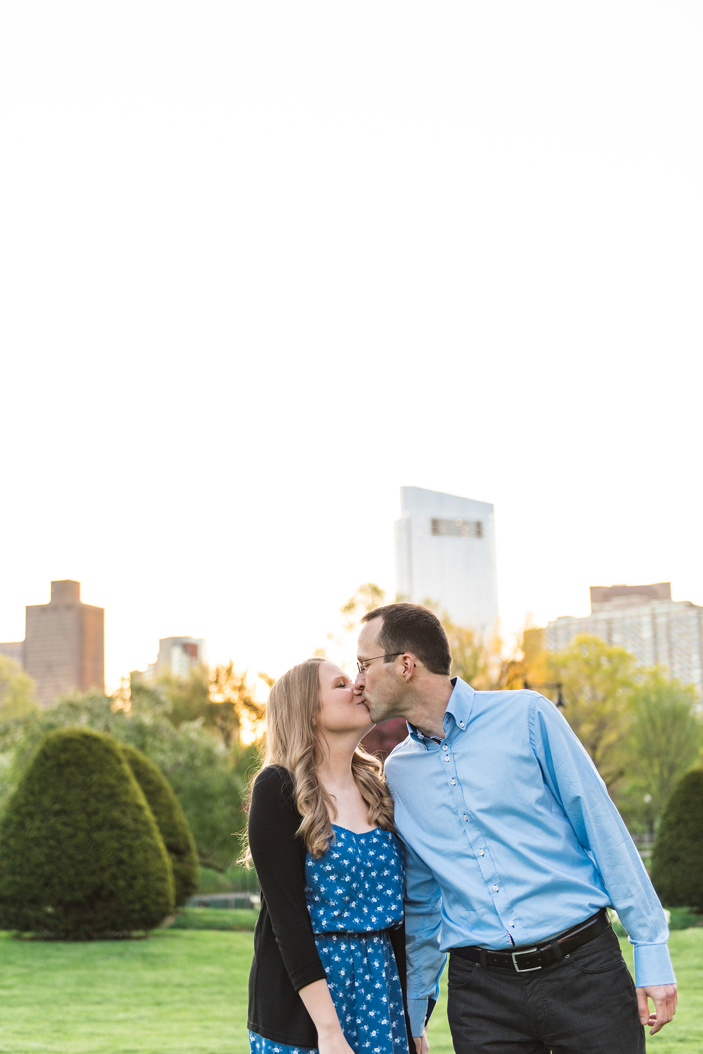 Classic + Modern Boston Public Garden, Beacon Hill, and Downtown Coffee Shop Sunrise Engagement Session   Jessica and Thomas   Lorna Stell   Photographer   Boston MA