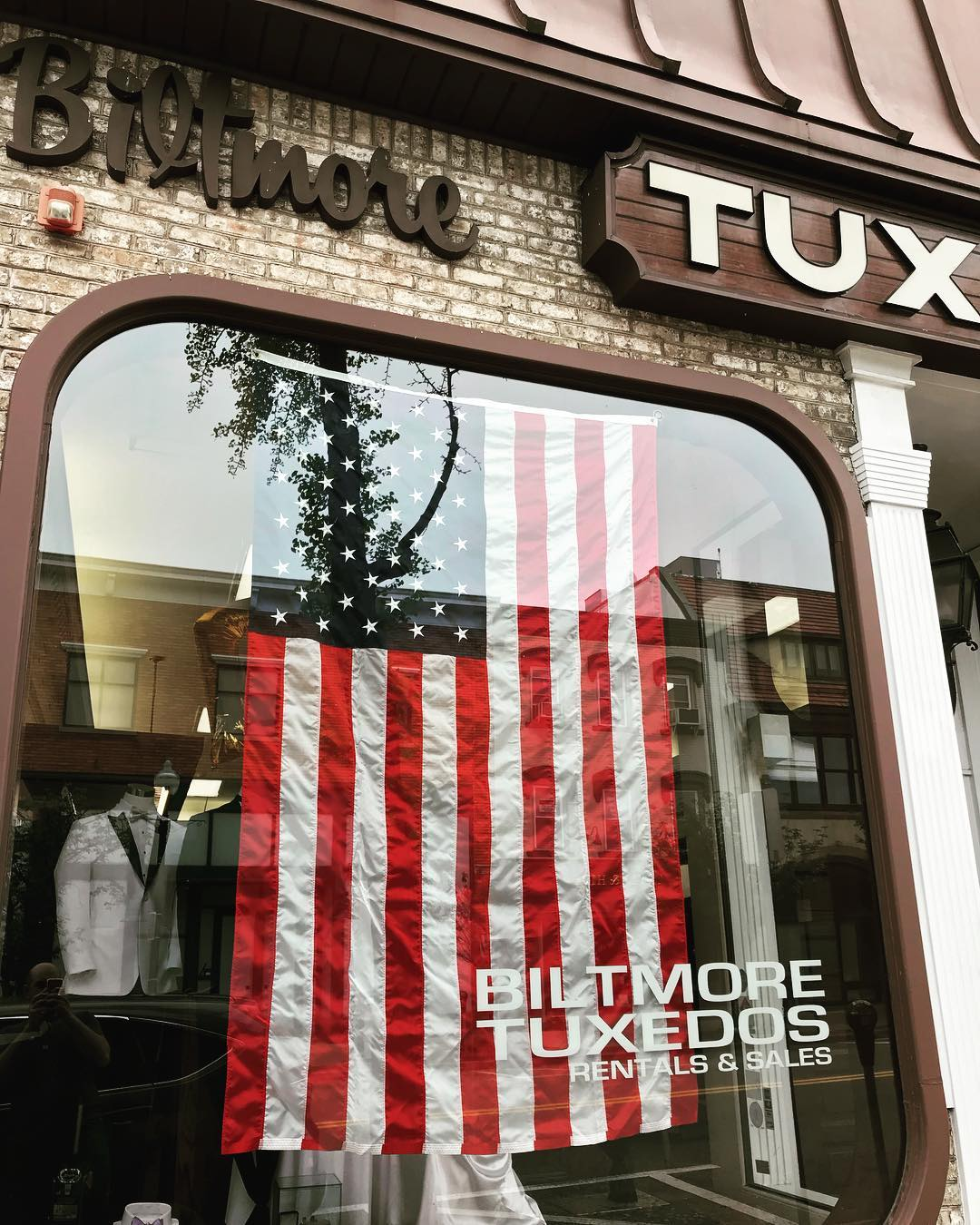 Biltmore Tuxedos in Ridgewood, New Jersey