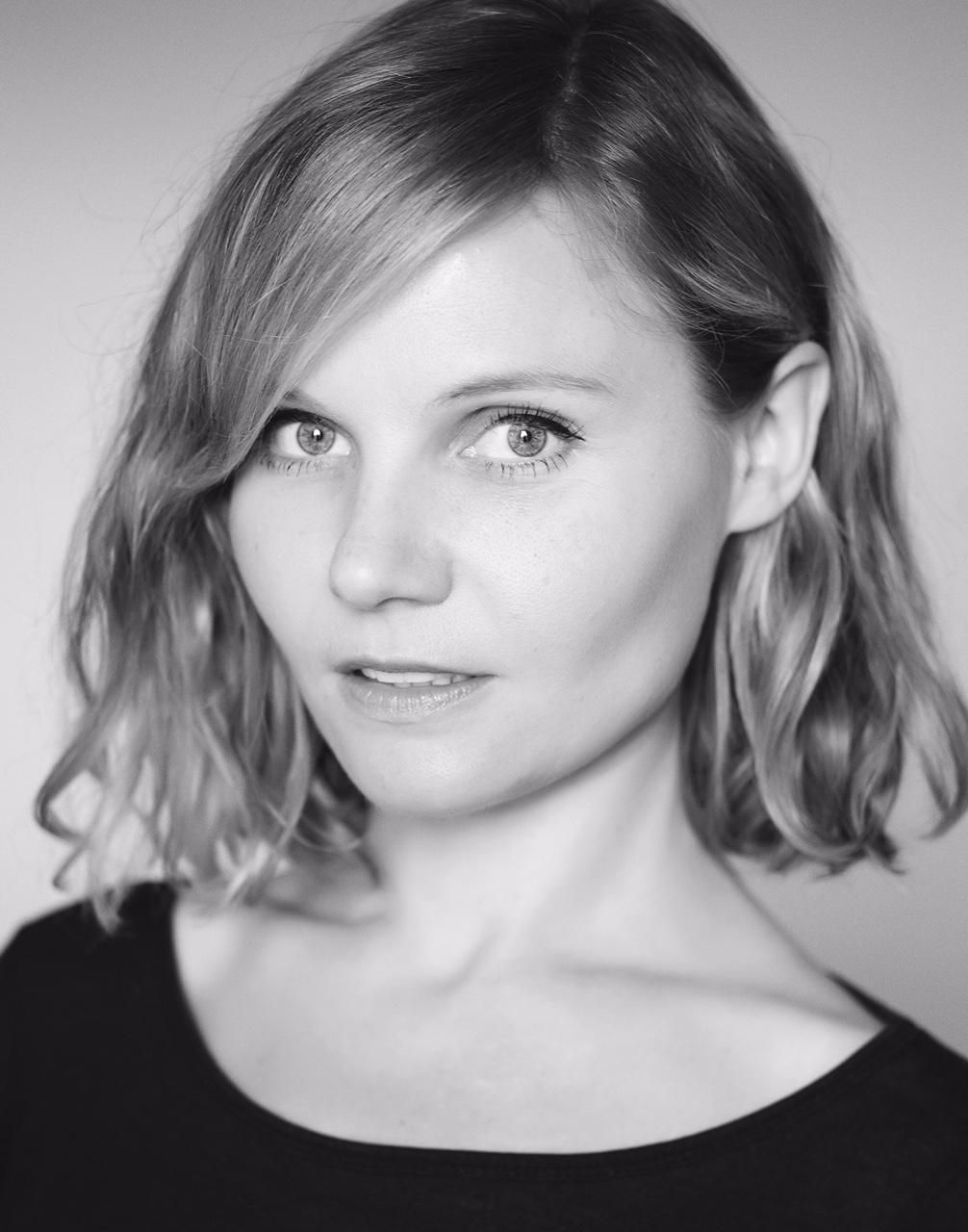 Charlotte Gascoyne, Claryssa