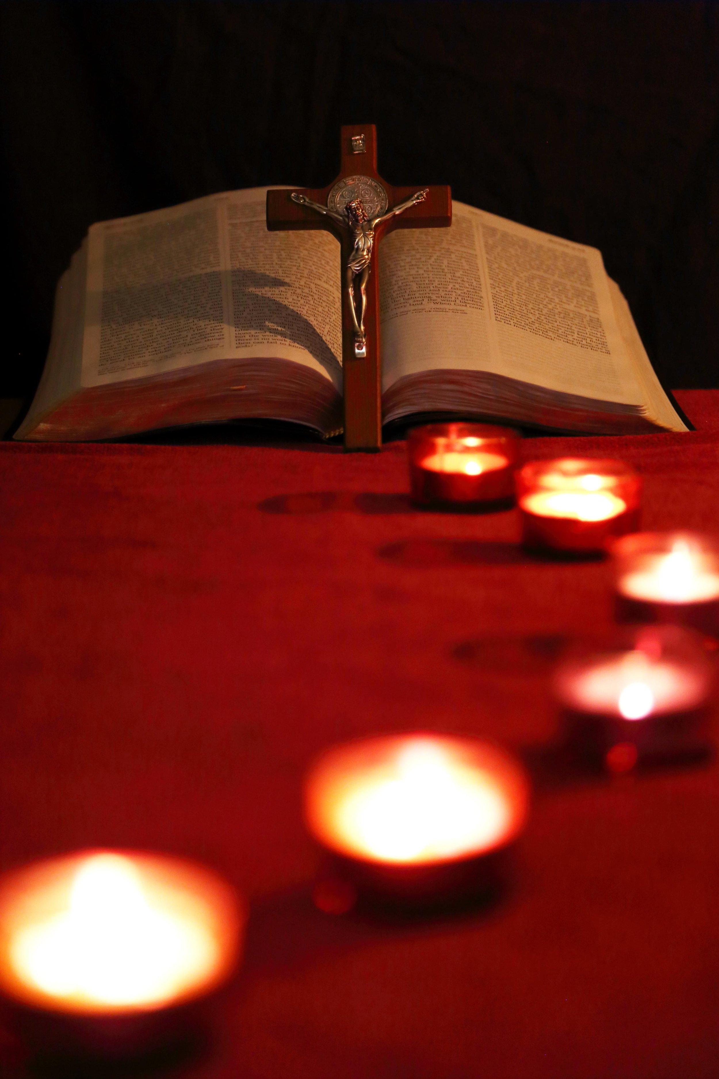 Lights leading to Cross Bible_red.JPG