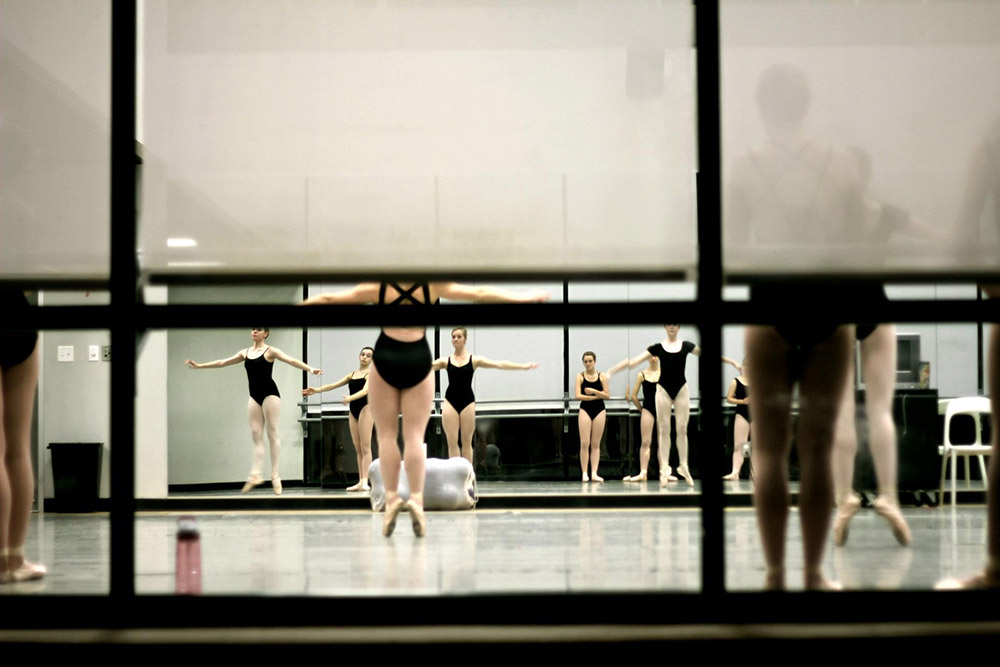 Tiny-dancers.jpg