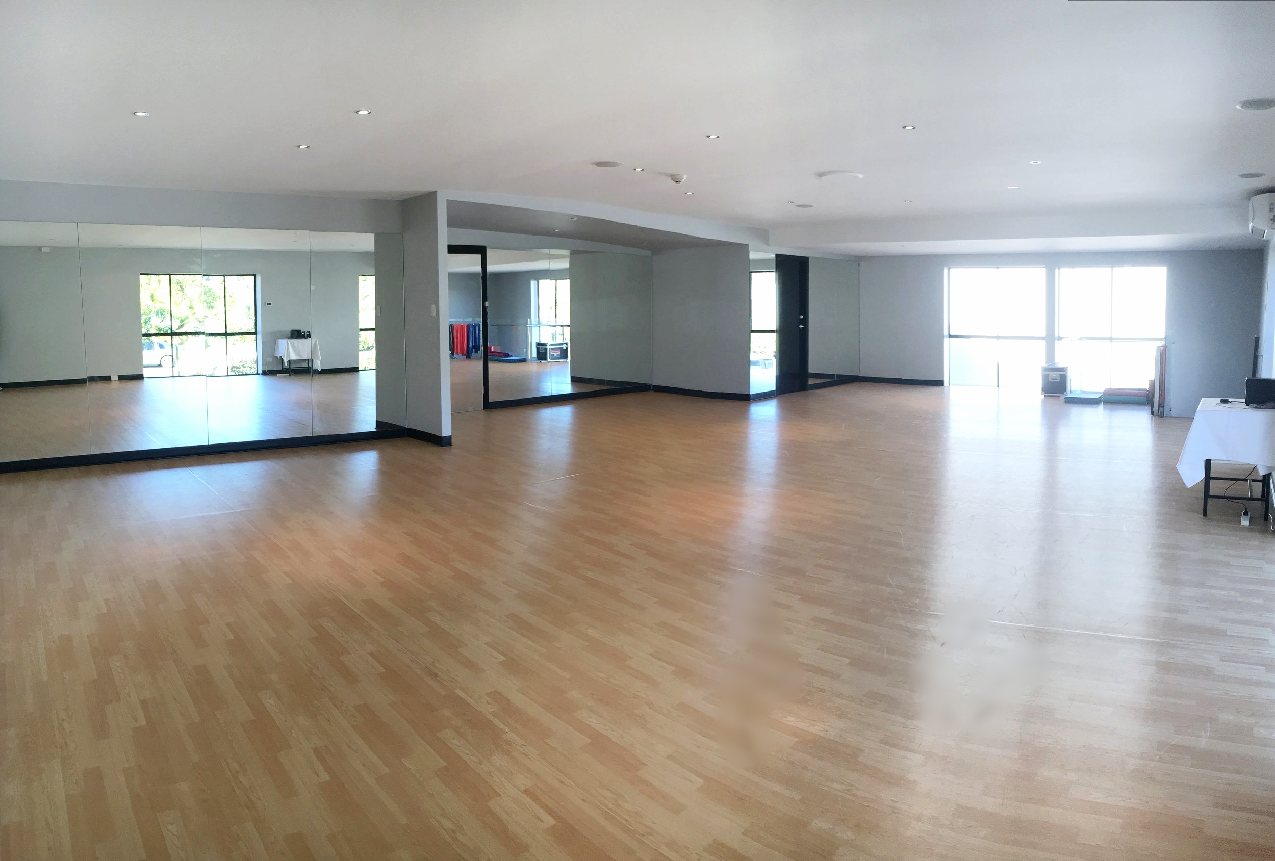 'Off-Broadway' - Air-conditioned, Fitness, Private Dance and Film & TV Studio. $40 an hour.